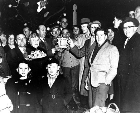 Wassailing in Curry Rivel in the 1950s.